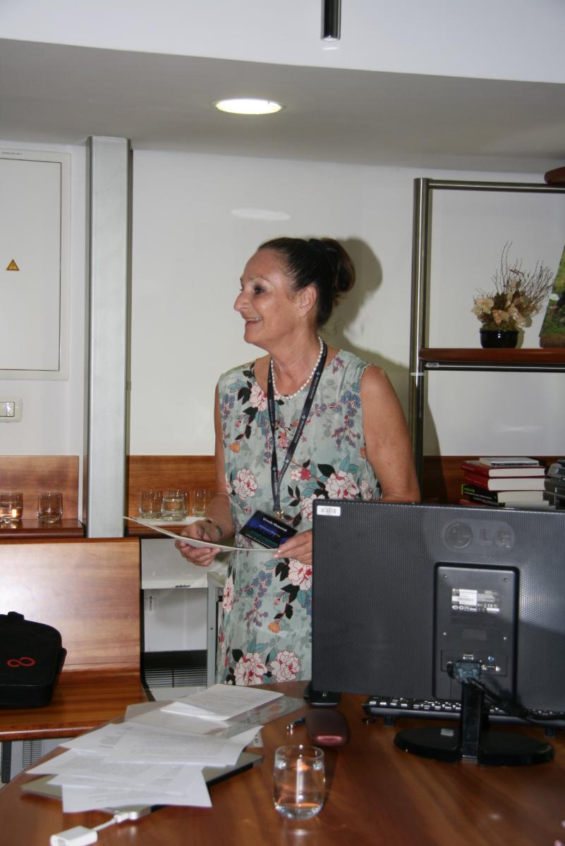 Dr. Ursula Hemetek, generalna sekretarka Mednarodnega združenja za tradicijsko glasbo (ICTM).  Slavnostno predavanje. Foto: Urša Šivic.